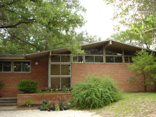 What is mid century modern architecture and can you find for Mid century modern home builders
