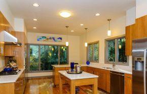 pine tree kitchen