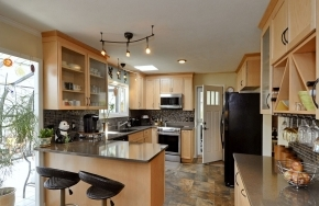 77 West Fox Chase Kitchen